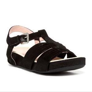 Taryn Rose Black Aviles Sandal 7.5 🌿